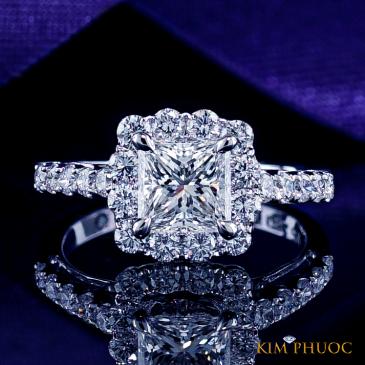 Custom Ring ADM654