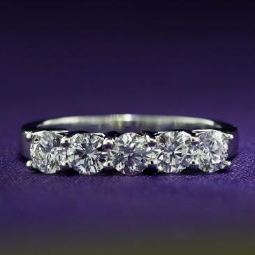 Diamond Ring ARD205