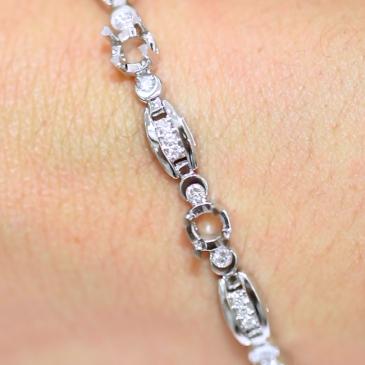 Custom Bracelet AVLD103