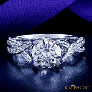 Custom Ring ADM577