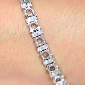 Custom Bracelet AVLD111