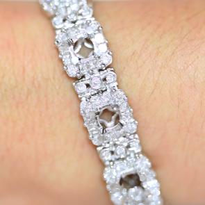 Custom Bracelet AVLD114