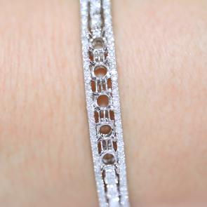 Diamond Bangle AVRD157